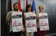 """María Gil presenta la """"Primera Concentración de Cortadores de Jamón"""" a beneficio de Acepain en la Plaza del Altozano de Albacete"""
