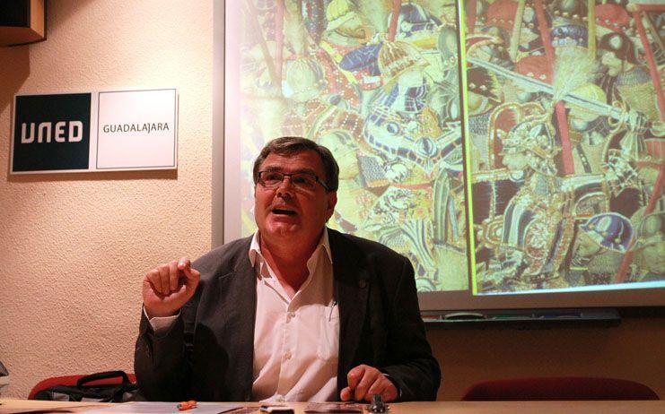 El ciclo de conferencias con motivo del 350 aniversario de la llegada de los tapices a la Colegiata de Pastrana llega al Centro San José