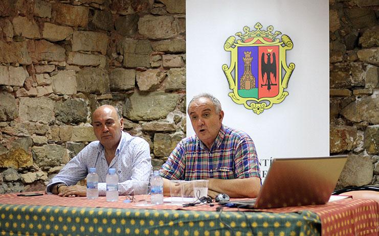 Nuevo éxito del ciclo veraniego de Conferencias de Archivo en Sigüenza