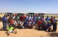Gran participación en los concursos de arada con tractor y lanzamiento de reja organizados por ASAJA en las fiestas de Calzada de Calatrava