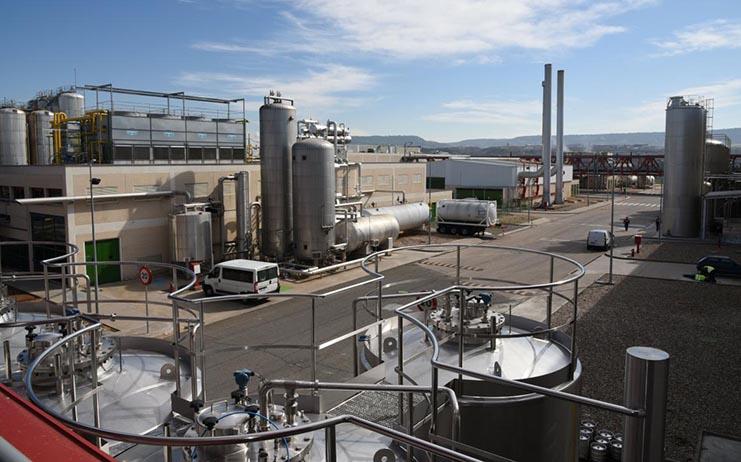 La industria y el sector servicios de Castilla-La Mancha evolucionan positivamente por encima de la media nacional