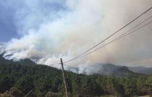 El presidente de Castilla-La Mancha se desplaza al Puesto de Mando Avanzado del incendio de Yeste