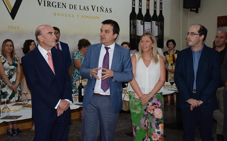 """Jiménez se muestra orgullosa de Virgen de las Viñas """"motor económico de la zona"""""""