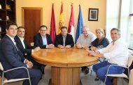 Manuel Serrano seguirá colaborando con ADECA para mejorar las infraestructuras de Campollano y dar respuesta a sus necesidades