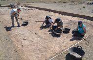 Acaba la campaña de excavaciones 2017 en Segóbriga, centrada en la exhumación de varios monumentos funerarios