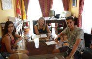 La Alcaldesa da su apoyo a tres jóvenes de Tomelloso con motivo de su participación en Eustory