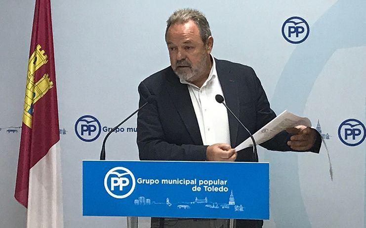 Labrador espera que Page pida perdón al Rey por tener en su Gobierno a Podemos, que insulta y desprecia a la monarquía