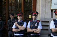 Una docena de detenciones y registros en la Generalitat en la mayor operación de la Guardia Civil contra el Referendum