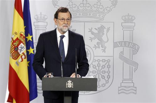 Rajoy activa el 155 y exige a Puigdemont que aclare si ha proclamado la independencia