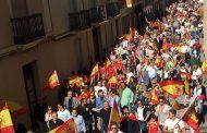 Más de 600 personas se manifiestan en Almansa por la unidad de España