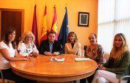 Serrano felicita a AMAC por su labor