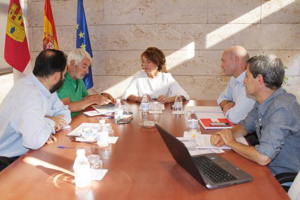 El Gobierno regional analiza con Cruz Roja el desarrollo del Plan Regional contra la Pobreza Energética, que ha concedido 4.805 ayudas en ocho meses