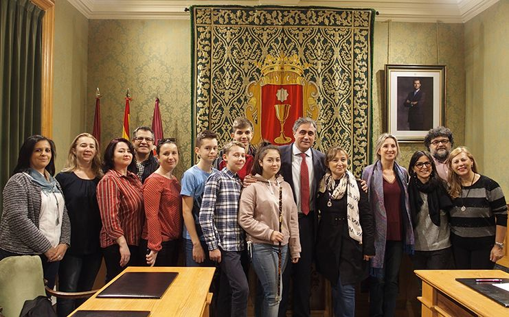 Mariscal recibe la visita de alumnos y profesores italianos y rumanos de intercambio del programa Erasmus +