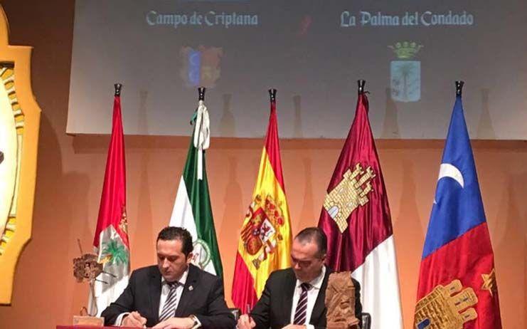 Campo de Criptana y La Palma del Condado estrechan lazos de unión en torno a la figura de Cervantes