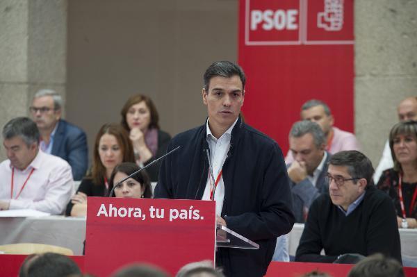 El PSOE escenifica unidad y respaldo a la línea fijada por Sánchez en la crisis catalana