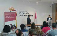 """21 jóvenes de la Puebla de Almoradiel presentan sus proyectos emprendedores dentro del programa """"Team Mix Entrepreneurship"""" de la Cámara"""
