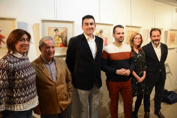 Inaugurada una exposición de Bernar en la Posada de los Portales sobre el mundo de los toros