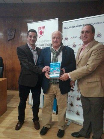 Profesionales y especialistas universitarios publican una monografía sobre la enseñanza y la gestión de la natación