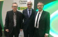 Alberto Reina agradece a la ONCE la labor ejemplar que realiza en Albacete a favor de las personas con discapacidad visual