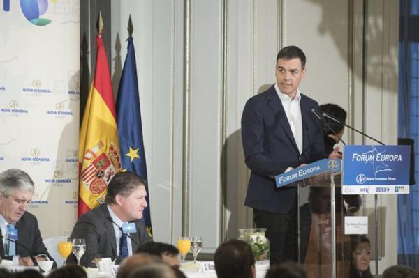 Pedro Sánchez no llevaba en sus últimos programas electorales el impuesto a la banca para financiar las pensiones