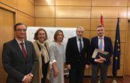 Guarinos traslada a Fomento la necesidad de agilizar importantes proyectos de infraestructuras para la provincia