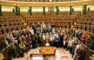Cerca de 70 vecinos de Casas de Haro visitan el Congreso de los Diputados y el Senado acompañados de Jareño