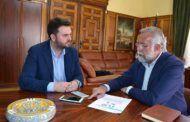Ramos ha recibido en el Ayuntamiento al director de proyectos Escudo Web Software