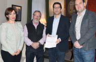 CCOO y UGT reciben el apoyo del presidente de la Diputación de Ciudad Real para la huelga del 8 de marzo