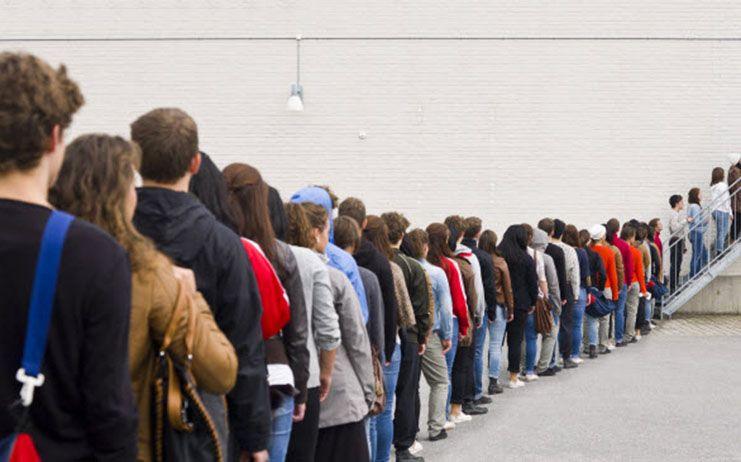 Velázquez denuncia que Page ha incrementado en 11.257 los pacientes que esperan en los tramos más largos