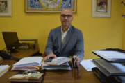 Álvarez destaca que la OMIC atesora más de 30 años de información y asesoramiento a los talaveranos