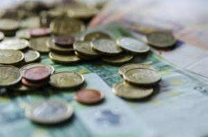 """El Banco de España advierte de que la respuesta europea al Covid-19 es """"insuficiente"""""""