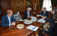Ramos garantiza con Monbus la continuidad de los trabajadores del servicio de autobús urbano
