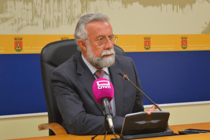 Ramos exige al presidente de la Junta que implante el Grado de Informática en vez de Podología al próximo curso