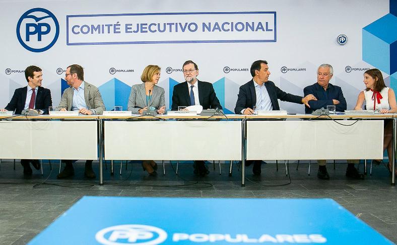 """Rajoy no descarta otro 155 pero critica la """"frivolidad"""" de Rivera"""