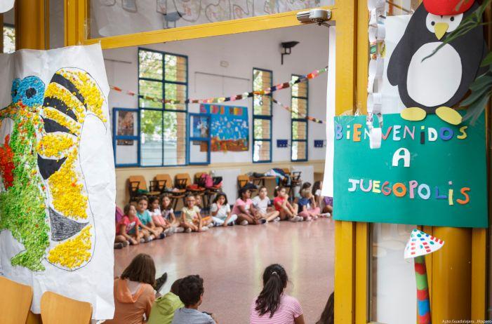 Arranca en Guadalajara Juegópolis, una de las propuestas municipales  de  conciliación familiar y laboral para los meses de verano