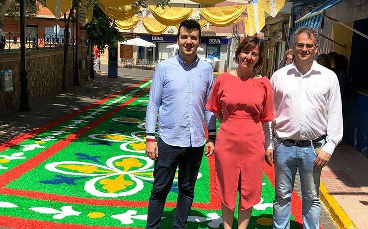 """Fernández valora el trabajo de la JCCM y la Diputación """"para conseguir que tradiciones como el Corpus sean un motor económico imprescindible"""""""