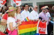 El PSOE sale a la calle para apoyar la lucha contra la LGTBIfobia