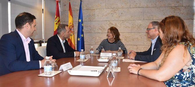 El Gobierno de Castilla-La Mancha se reúne con la nueva Junta Directiva de AFANION