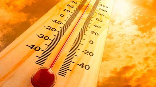 Media España en alerta intensa por calor durante todo el fin de semana