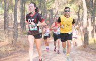 Alfonso Expósito y María Jesús Algarra conquistan la XX Carrera Popular Villa de Honrubia