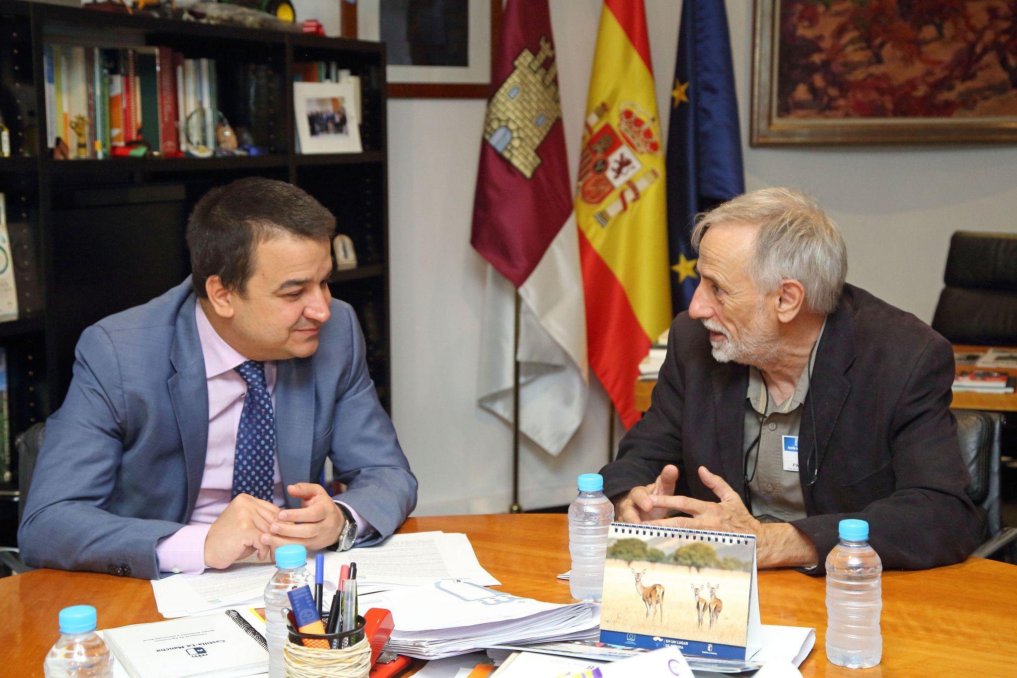 El Gobierno regional traslada al delegado del rector  de la UCLM para la Sostenibilidad y Políticas Ambientales la posición en defensa del agua de la región