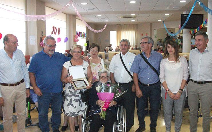 Anacleta Llorente llegó a los cien años