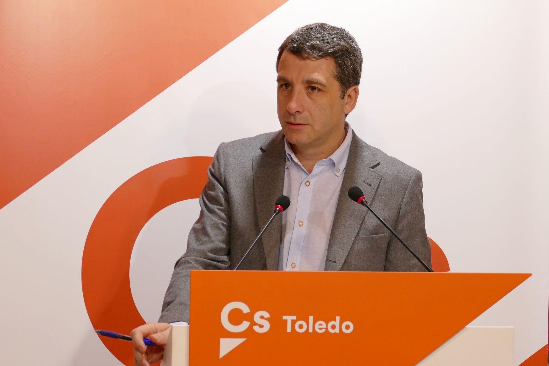 """Esteban Paños: """"los presupuestos de PSOE y Ganemos para 2019 olvidan importantes acuerdos y no proyectan cambios de calado para Toledo"""""""