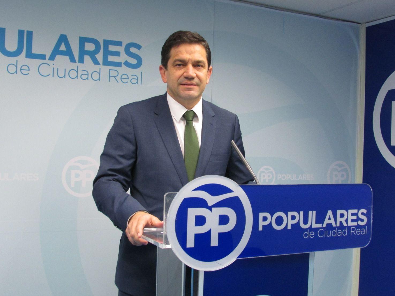 Valverde pregunta al PSOE si defender la libertad, la agricultura, la ganadería, la caza, la hostelería y bajar los impuestos es ser un `radical´