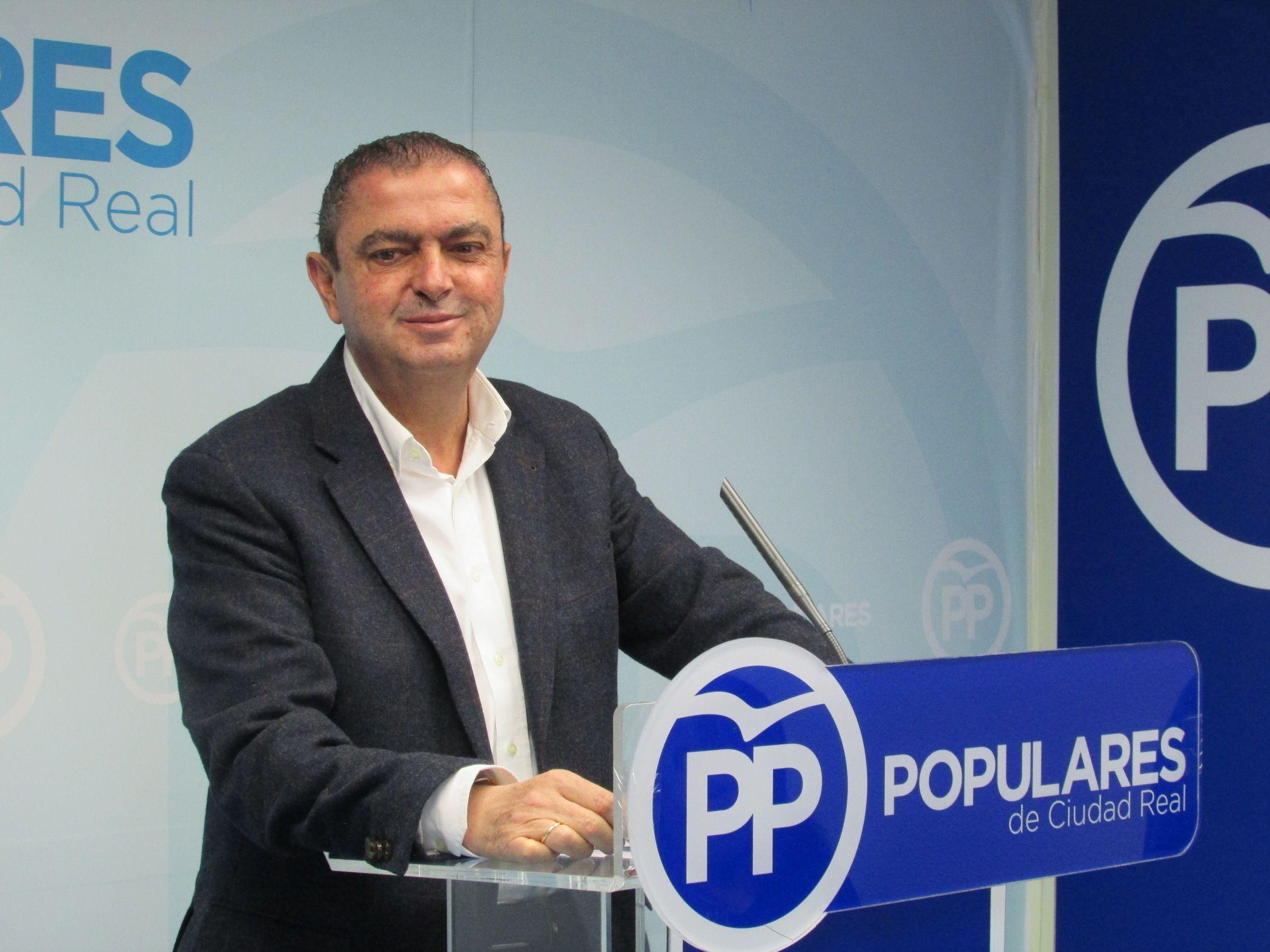 """Martín-Toledano asegura que los PGE están en manos de los """"enemigos"""" de la Constitución y perjudicarán a Castilla-La Mancha y Ciudad Real"""