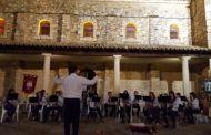 El concierto de la Banda de Cornetas y Tambores y de Música inicia la Semana Santa en Fuentenovilla