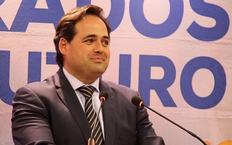Núñez señala que el domingo hay que elegir entre el proyecto solvente y de ilusión del PP para modernizar la región o el agotado e incumplidor que representa Page