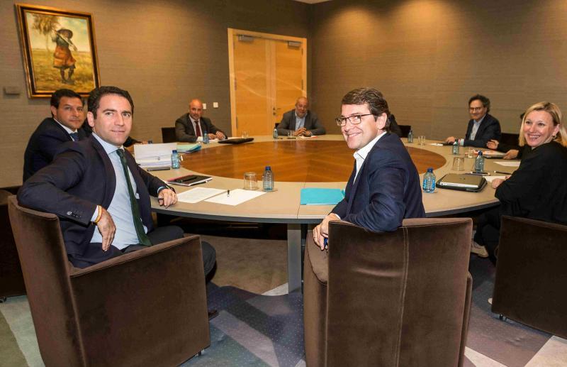 PP y Ciudadanos alcanzan un principio de acuerdo para gobernar en Castilla y León
