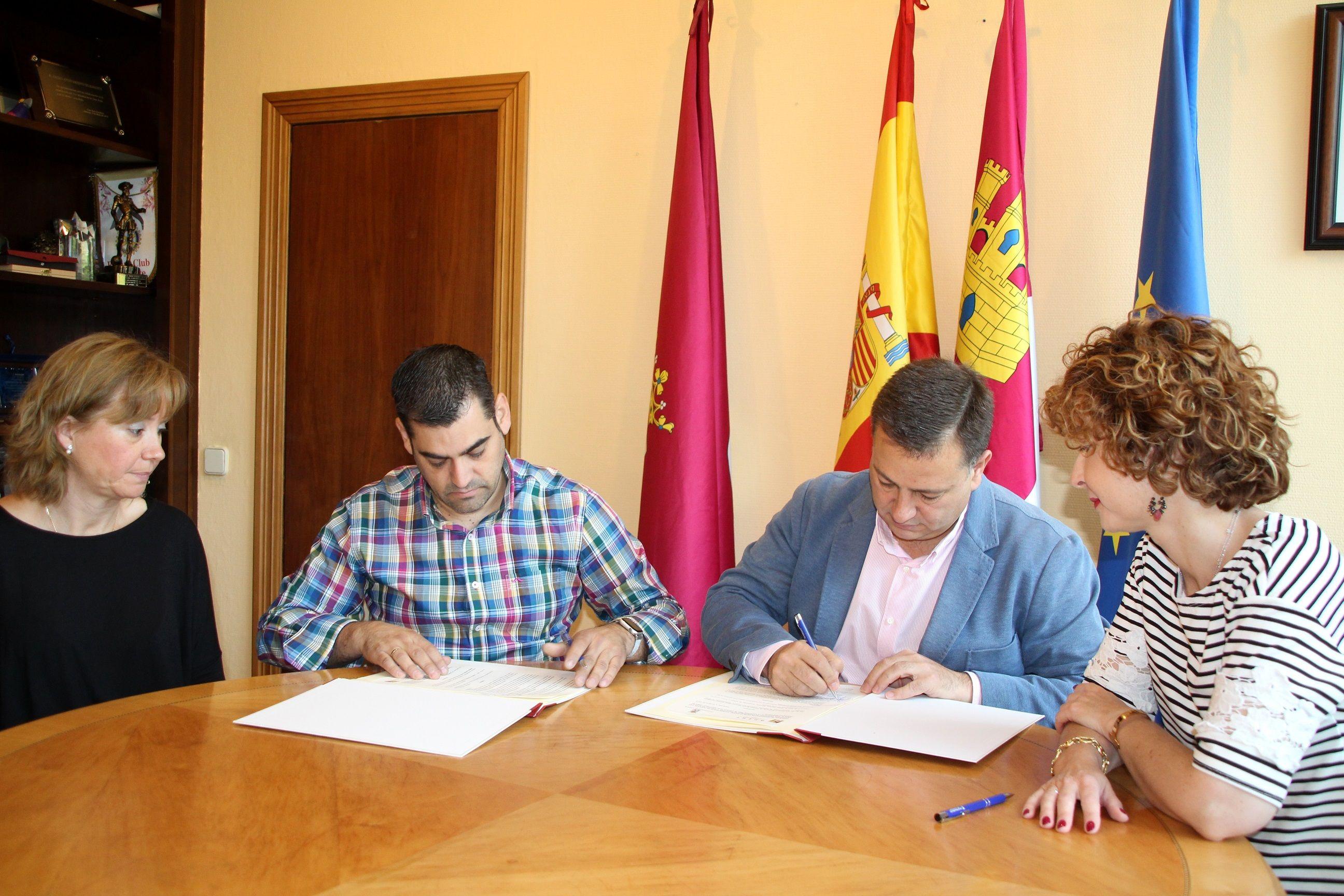 El Ayto y la Asociación de Empresarios de Hostelería y Turismo desarrollarán una Red de locales de ocio nocturno libres de violencias machistas en Albacete