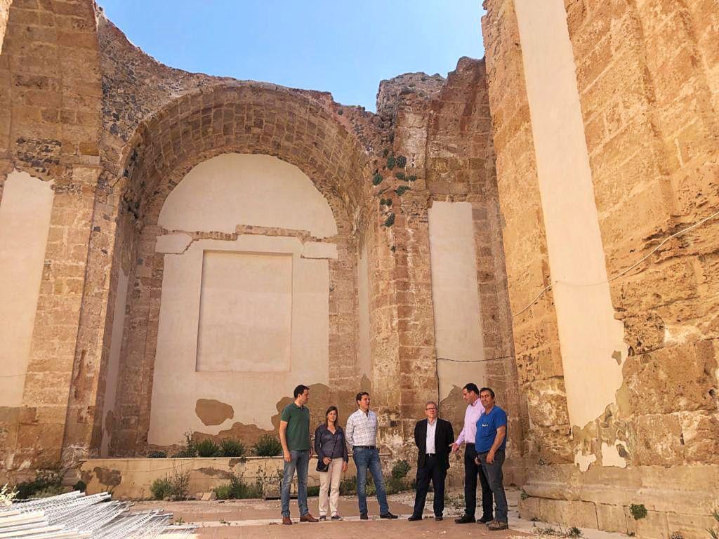 Prieto muestra su satisfacción por el inminente inicio de las obras en la iglesia del Convento de Concepcionistas de Moya